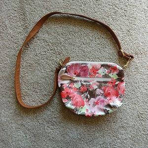 NWOT cross body purse
